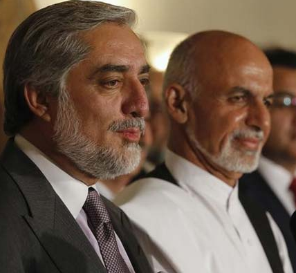 Afghanistan's Rival Candidates for President Sign Power Sharing Agreement