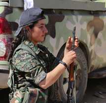 Women and Teenagers Take To Arms Against ISIS