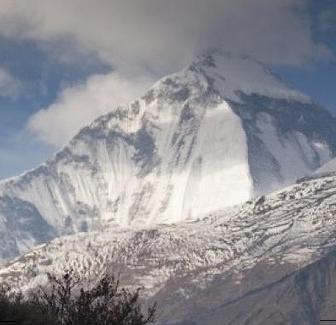 17 Hikers Die in Heavy Snow Storm inNepal